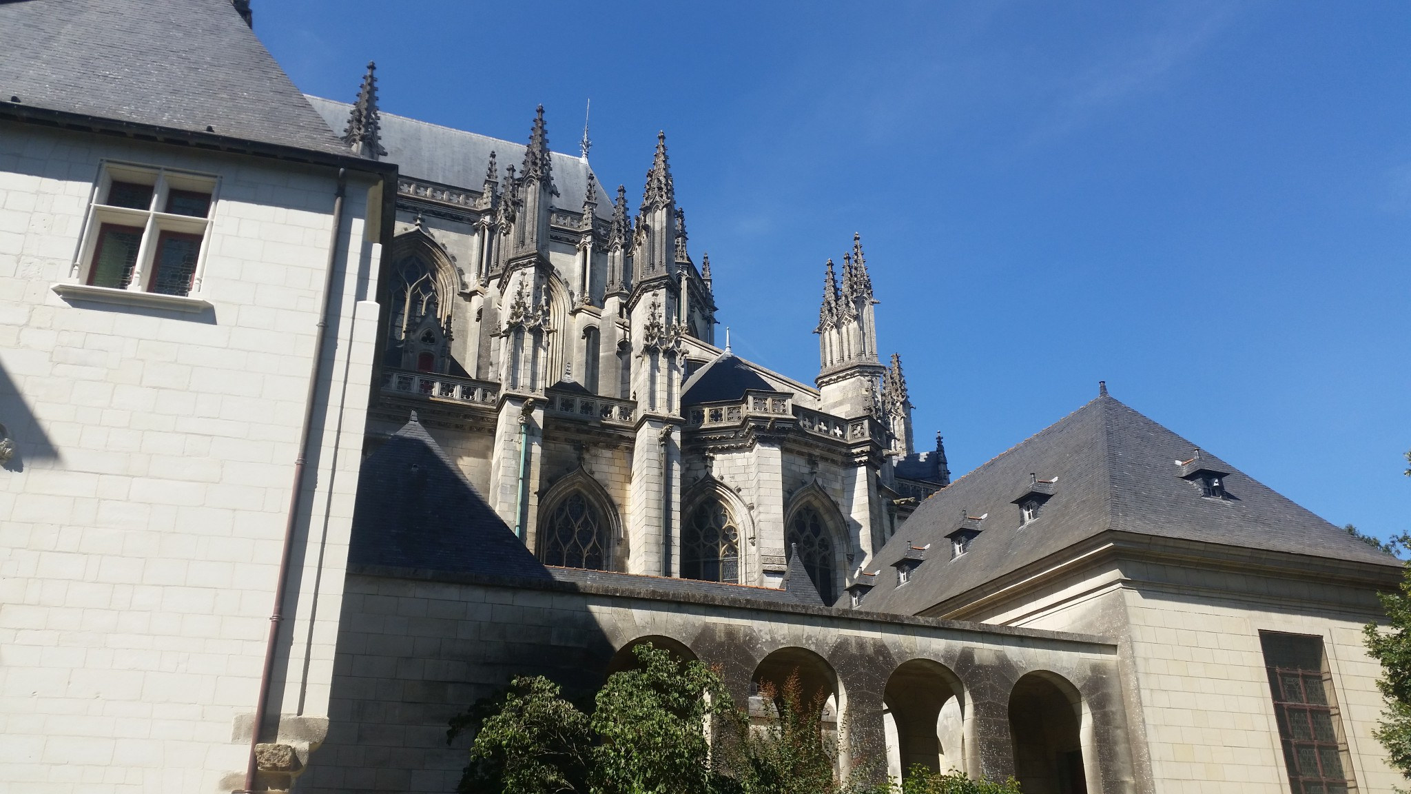 La catedrala vuda de l'ostau de la Psalette