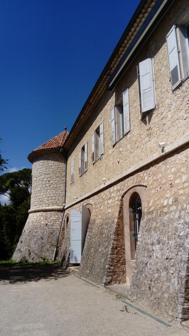 Castèu de Moans-Sartòu